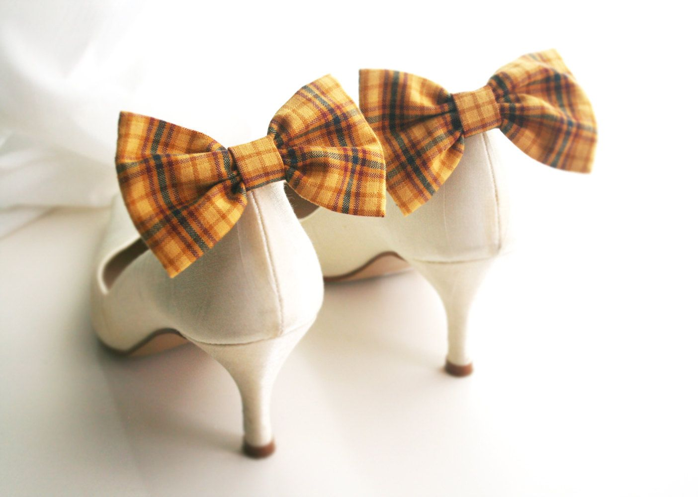 Mustard bow Shoe clips, Yellow Bow tie, Mustard scottish tartan, Bow tie clips, Prop, Photographer, Bridal red bow, Wedding bow tie. $10.00, via Etsy.