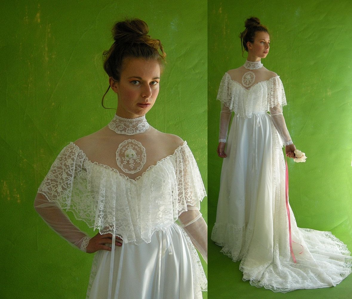 Victorian Style Vintage 70s Wedding Dress Dripping With Lace: 1970 Dresses Vintage Weddings At Reisefeber.org