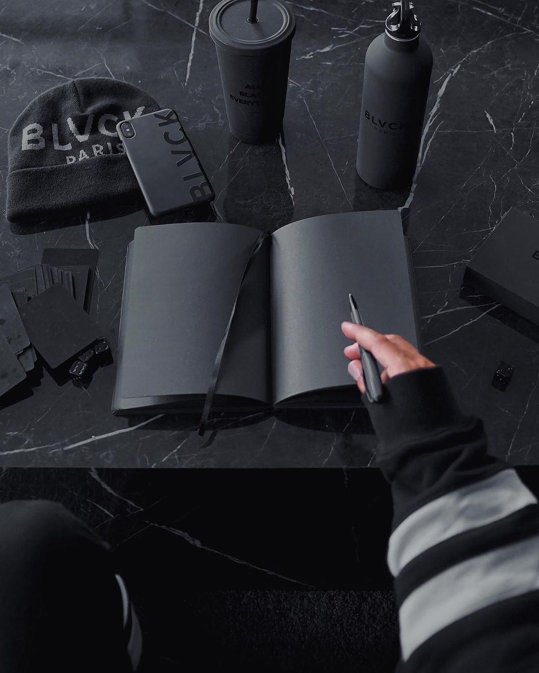 Pin by Han yoora on Pakaian hitam in 2020 | Black ...