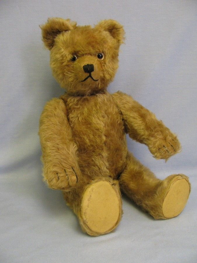 Schuco Bear - Love the paws, this one has a music box.