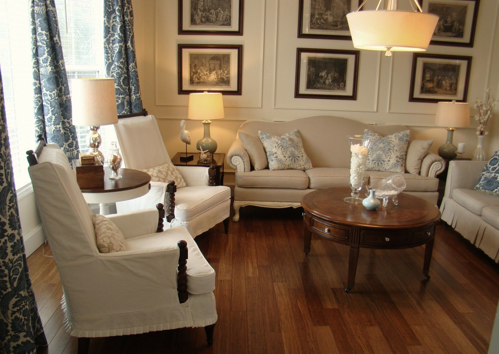 A formal living room again using the molding on the for Small traditional living room ideas