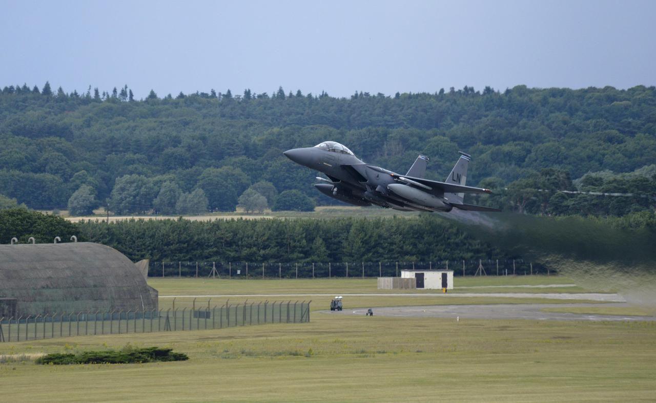 retrowar — F15E Strike Eagles taxi on the flightline at