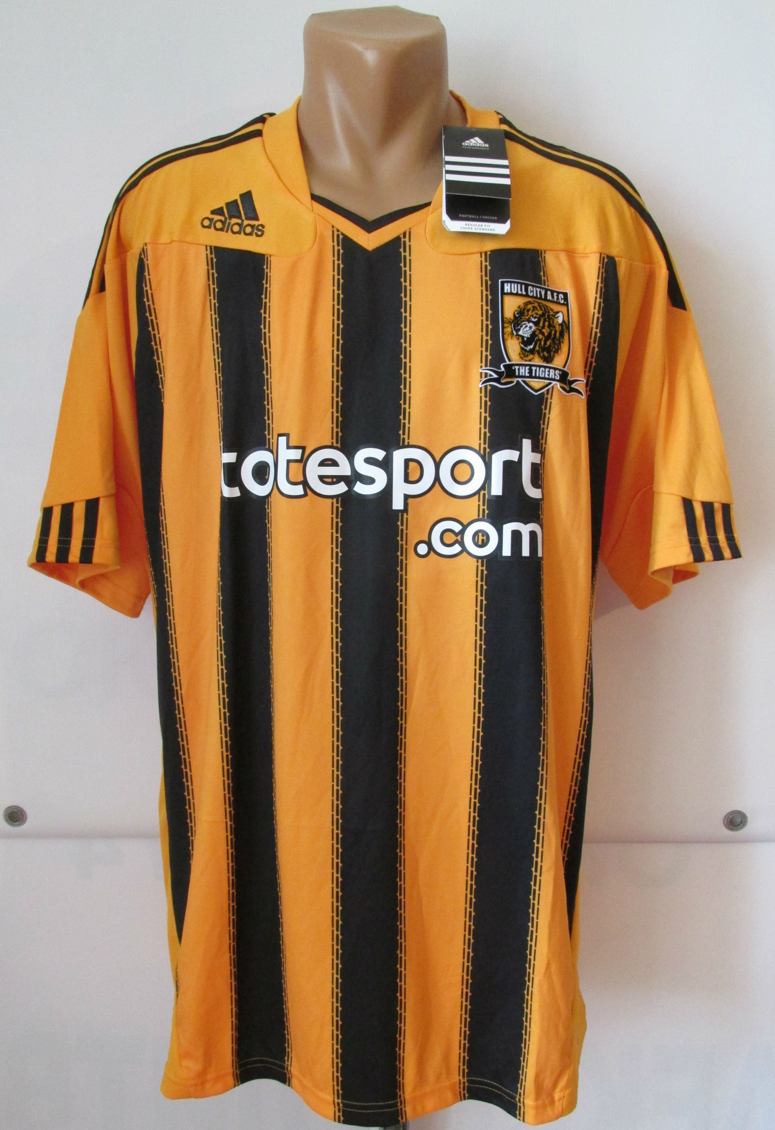 Hull City 2010 2011 home football shirt by Adidas England HCFC BNWT soccer  jersey new Tigers  Hull  HullCity  HCFC  tigers  england  new  adidas  bnwt  ... 1424a7997