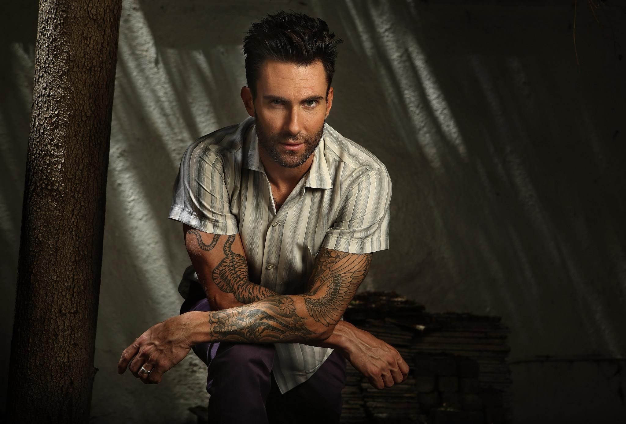Pin By Markruse17 On Maroon 5 Wallpaper Adam Levine Maroon 5 Christina Perri
