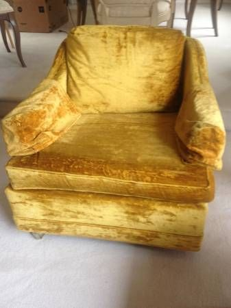 Hollywood Regency Mid Century Gold Crushed Velvet Chair 399 In