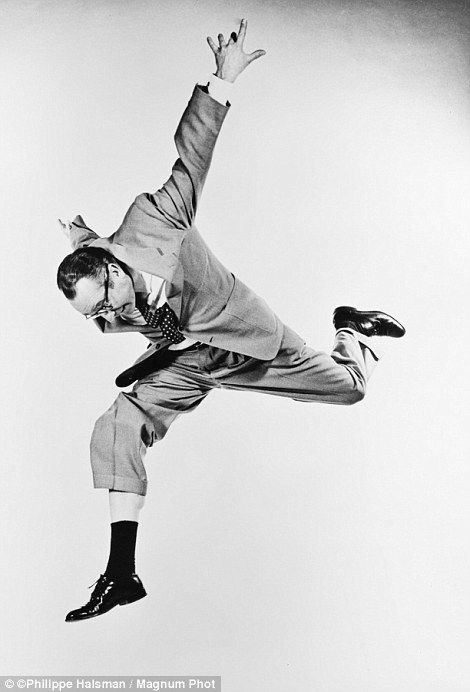 Famous subjects captured midair inPhilippe Halsman book