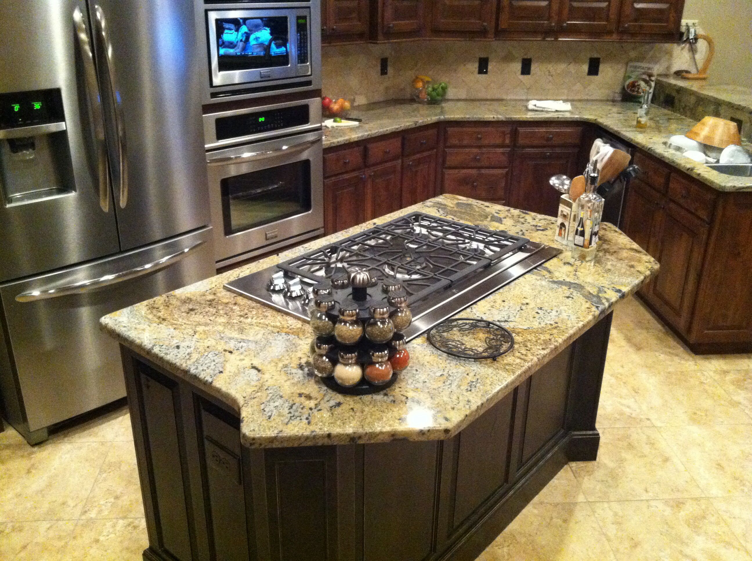 Island Countertop With Stove : island with cooktop Kitchen island gas cooktop Gibson les Paul ...