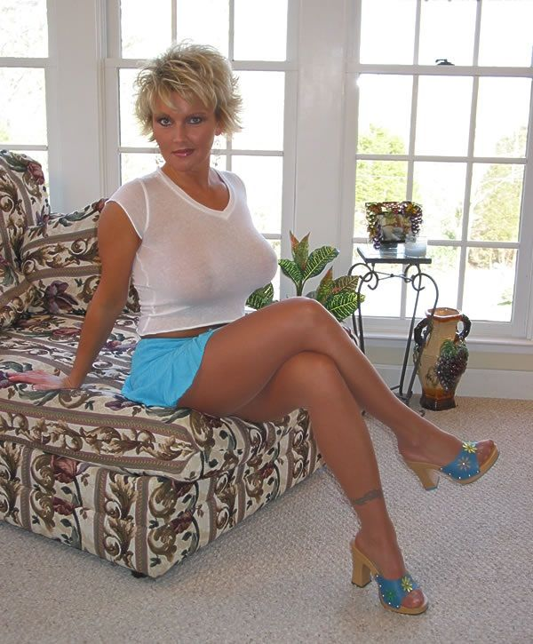 svenskr milf women Welcome to nakedmilfpicturescom your best source of free milf porn pictures here you will find fresh milf picture galleries the site updates every few moments so.
