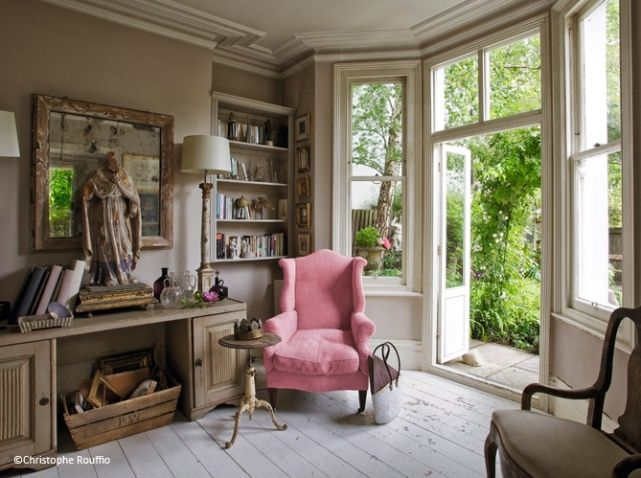 Idee Deco Salon Fauteuil Couleur #decoration #ideesdecomaison  #designinterior