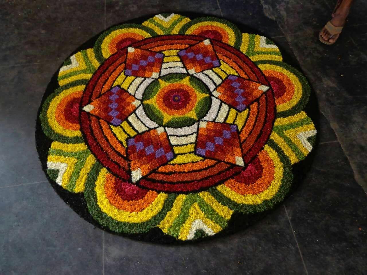 Pin by Elsa Joseph on pookalam Flower rangoli, Rangoli