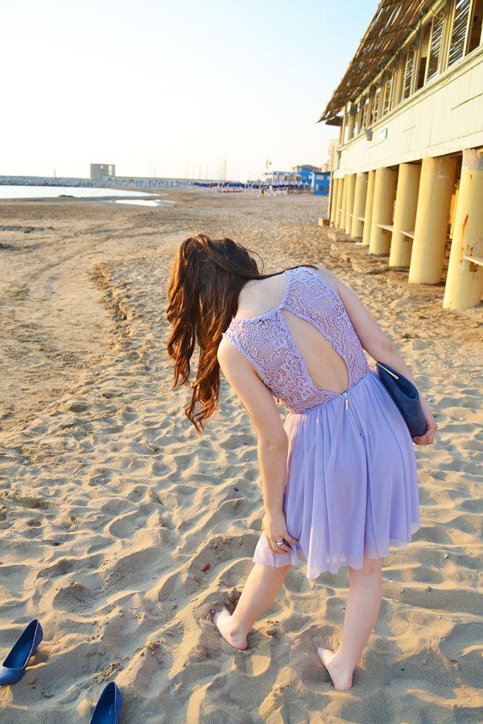 outfit per matrimonio estivo in spiaggia