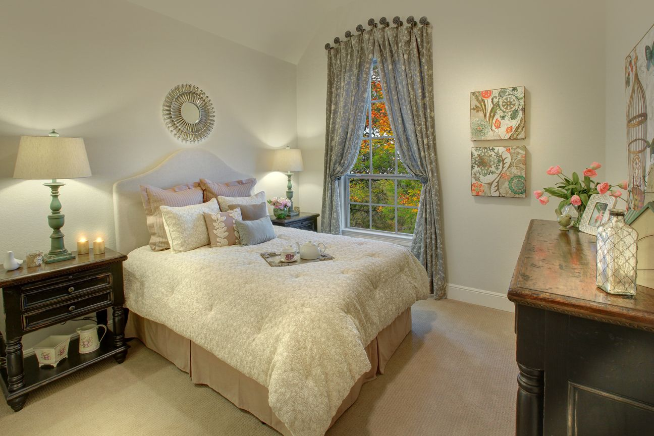 Lakeside DFW model home in Flower Mound, Texas bedroom 3