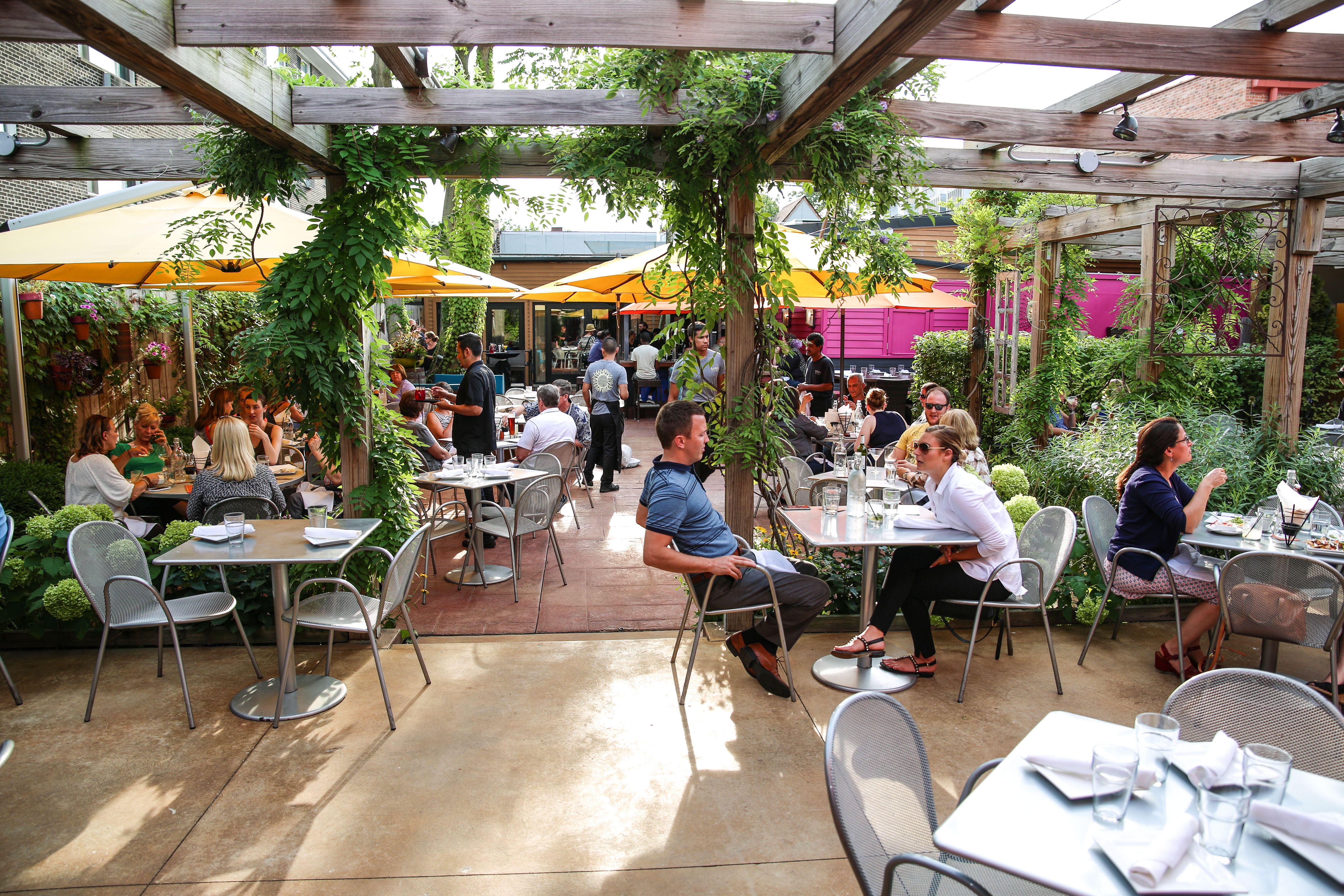 44509c8966b73f3f7d5b90a88c1eb7a0 - Best Beer Gardens In Chicago Suburbs