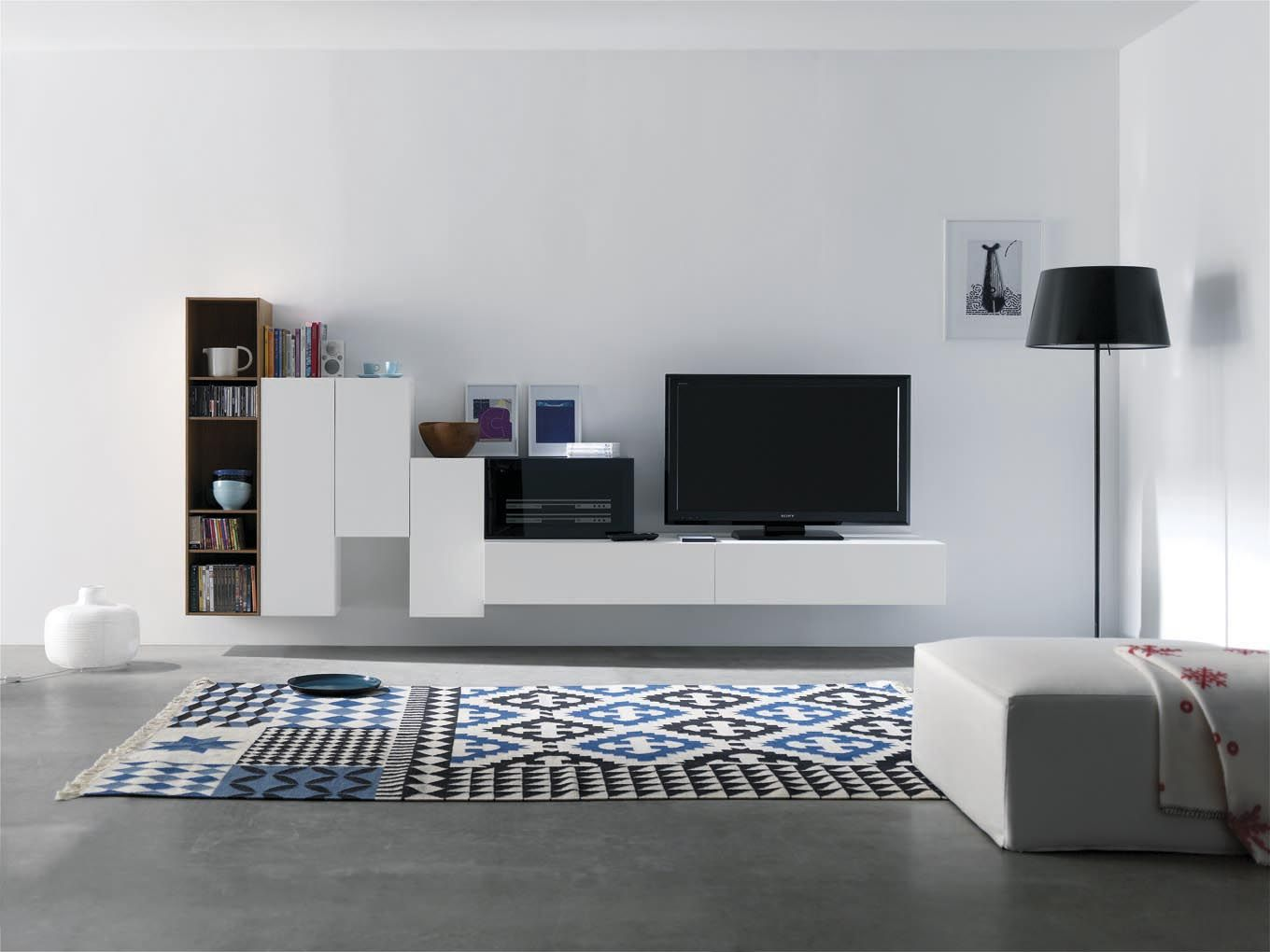 Modular Tv Acabado Roble Blanco Y Azul Vive Ideas Para El  # Muebles Suspendidos Para Tv