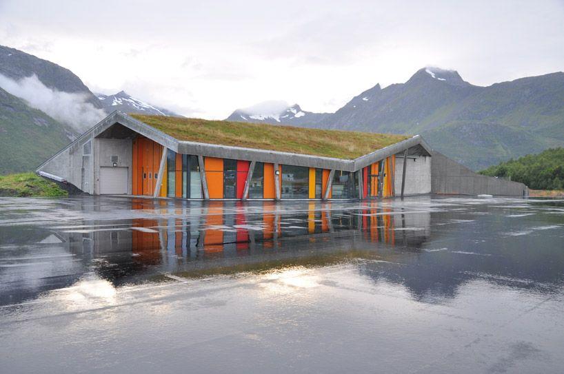 jarmund/vigsnaes arkitekter: gullesfjord weight control station via designboom