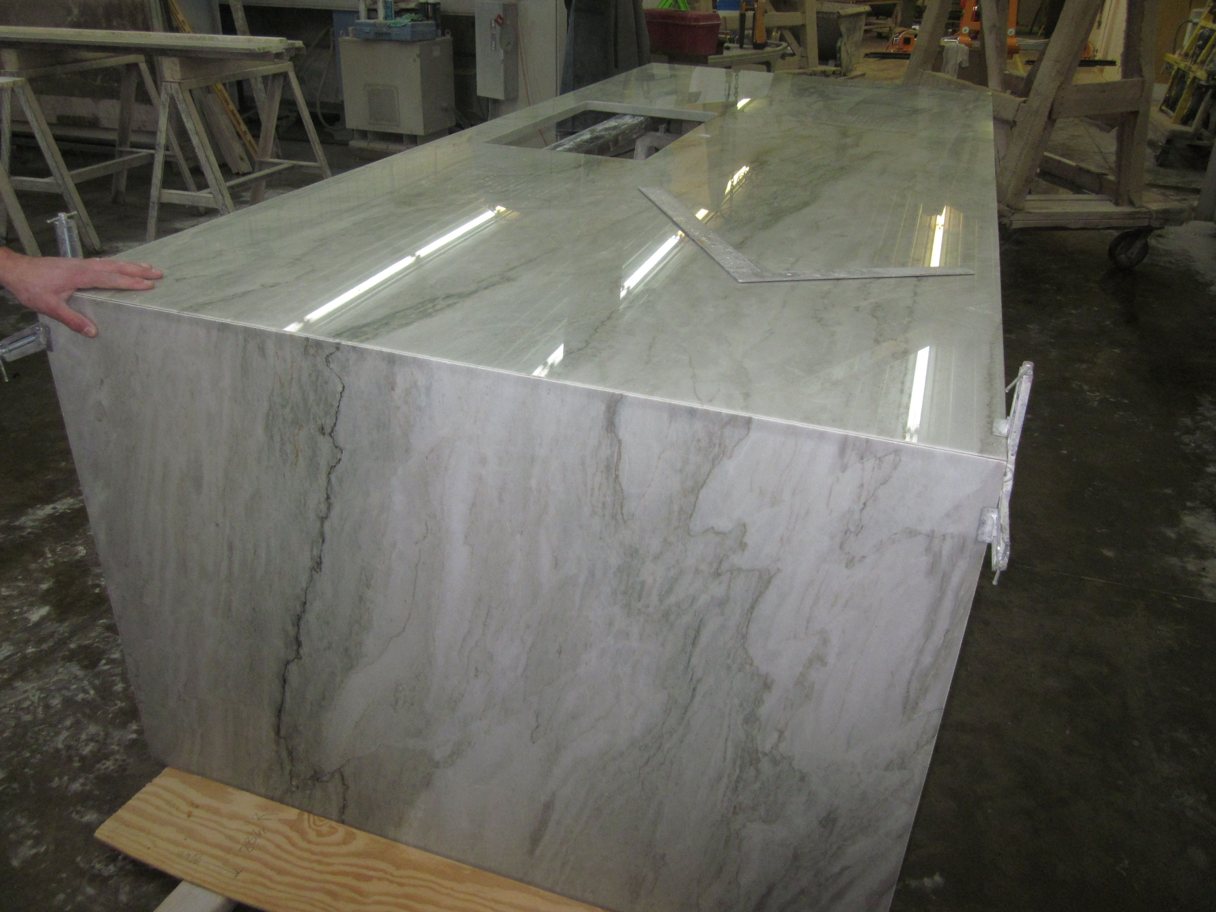 Explore Your Remodel Project With Quartzite Countertops Ideas: Amusing Sea  Pearl Quartzite Countertops In Waterfall