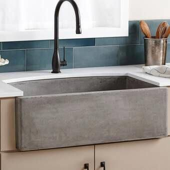 Farmhouse 33 L x 21 W Double Basin Farmhouse/Apron Kitchen Sink