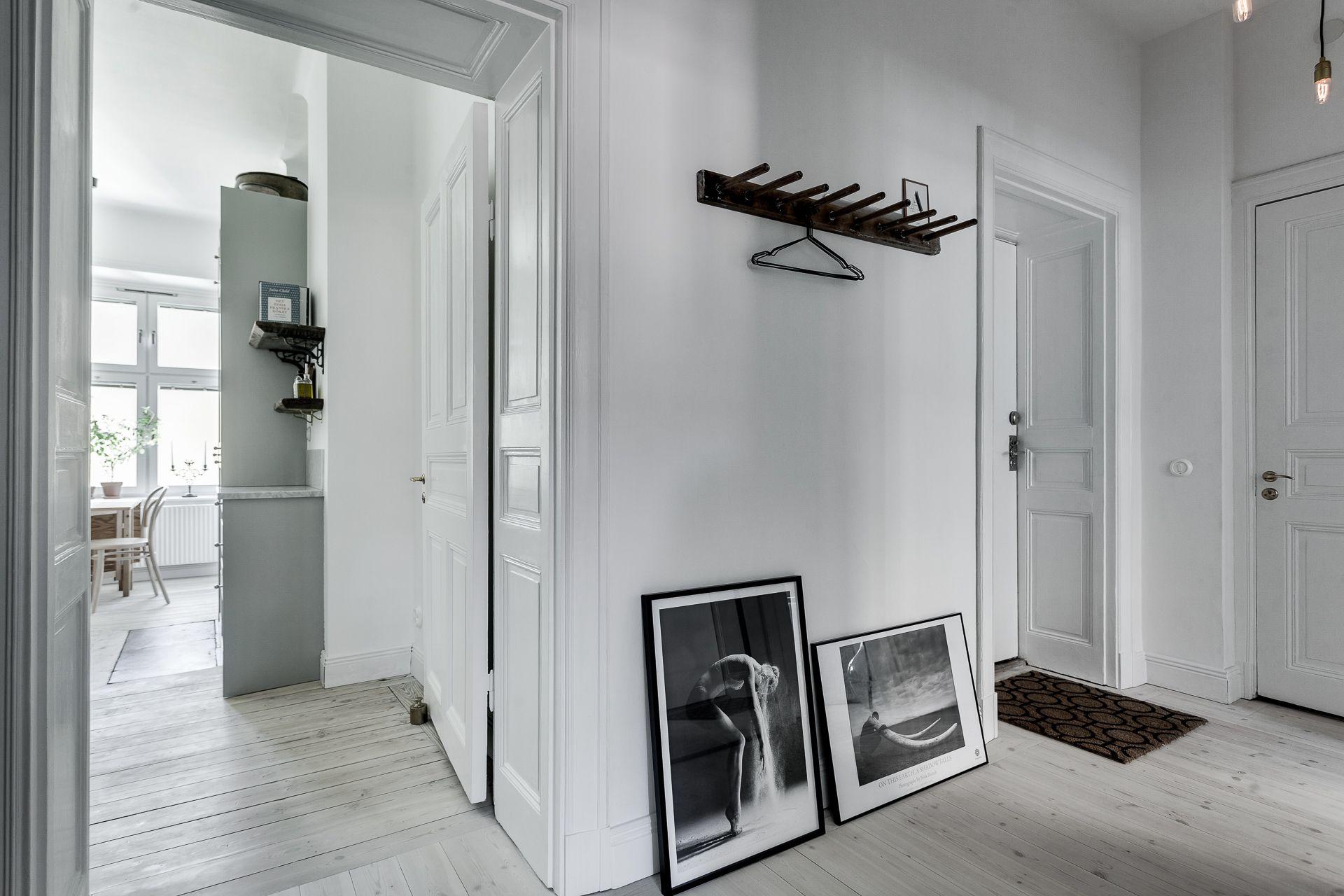 Zachte pasteltinten in een elegant appartement in stockholm