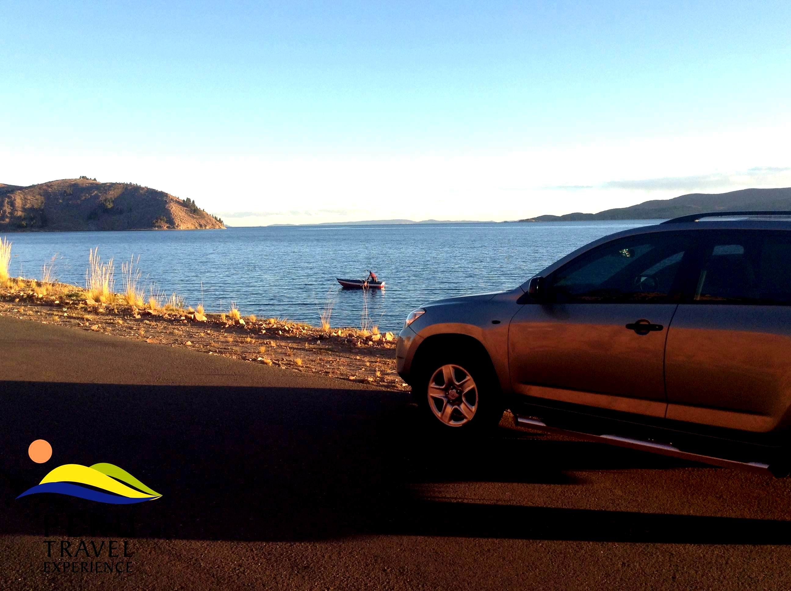 Off Road en la region Puno, contorneado del hermoso Lago Titicaca.  www.perutravelexperience.com