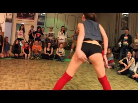 This Is The Ultimate White Girl Twerk Party Youtube Favorite