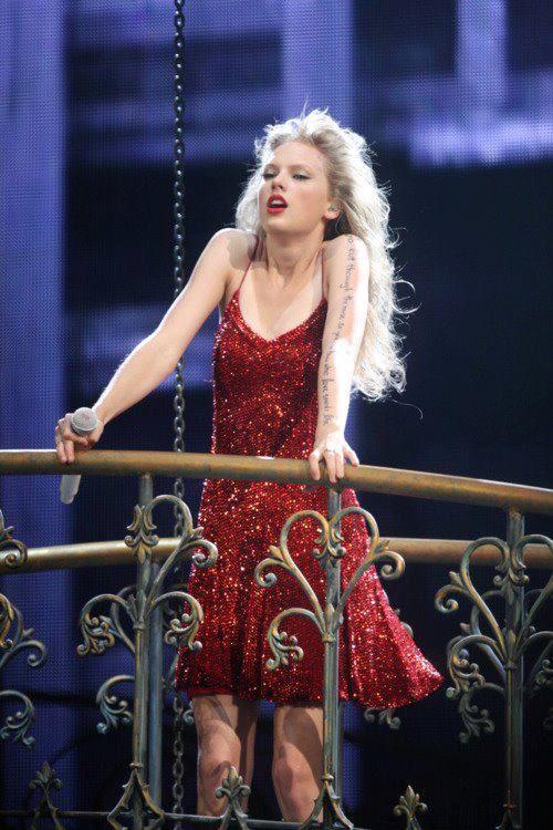 Taylor Swift Singing Better Than Revenge At The Speak Now Tour Taylor Swift Speak Now Long Live Taylor Swift Taylor Swift Singing