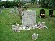 La tomba di John Bonham a Rushock.