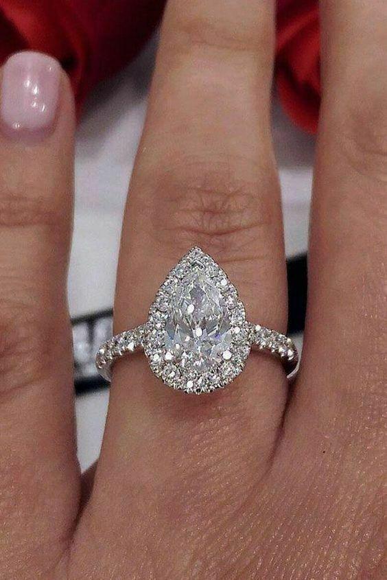Halo Style Engagement Wedding Ring 14k White Gold 2 20ct Pear Round Diamond Vivre Solita Trending Engagement Rings Wedding Rings Teardrop 14k Wedding Rings