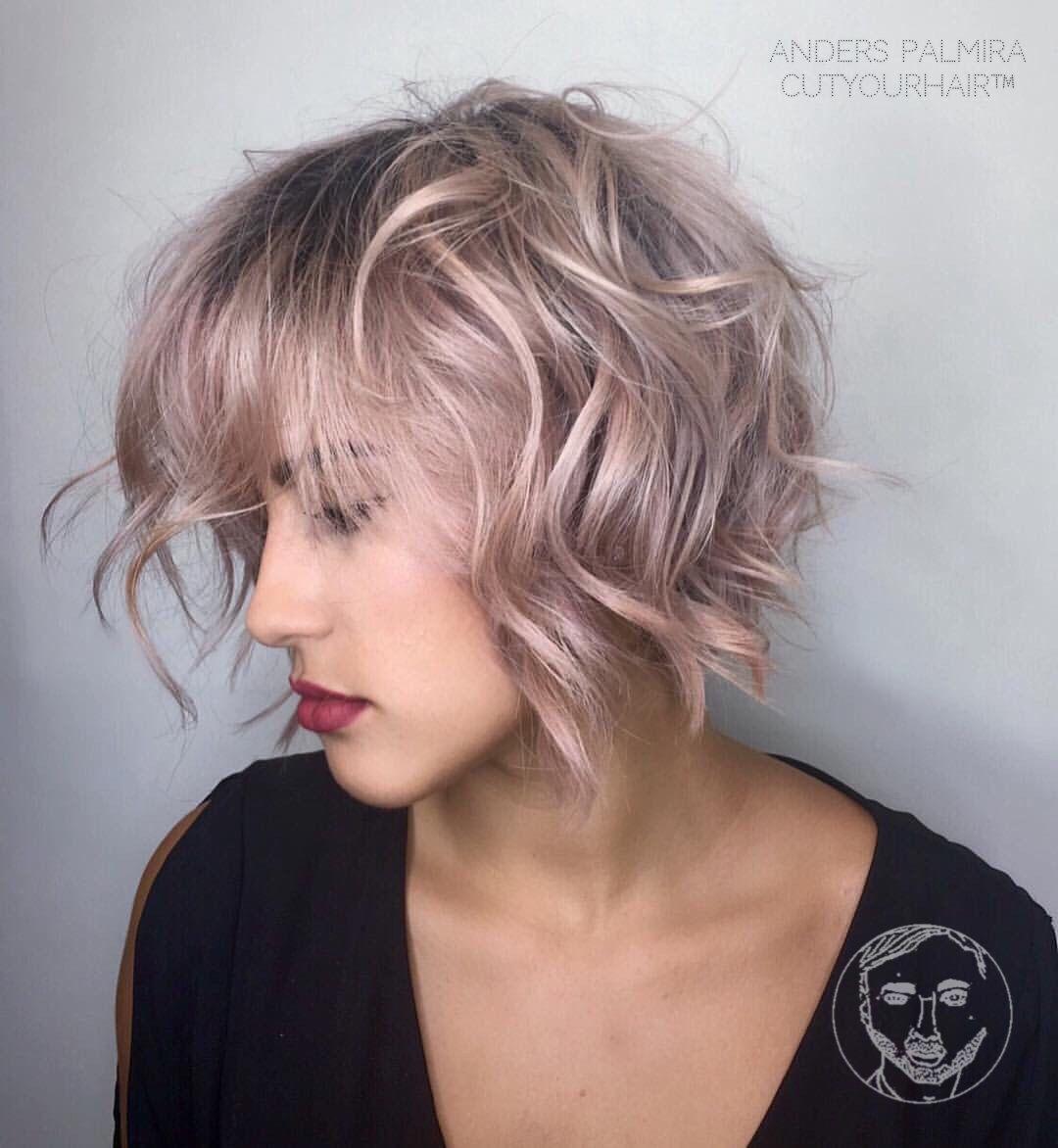 Short Fine Curly Hair Haircuts Short Hairstyles For Fine Wavy Hair Women Short Hairstyles Idea Penteados Encaracolados Curtos Cabelo Curto Cabelo Curto Chique