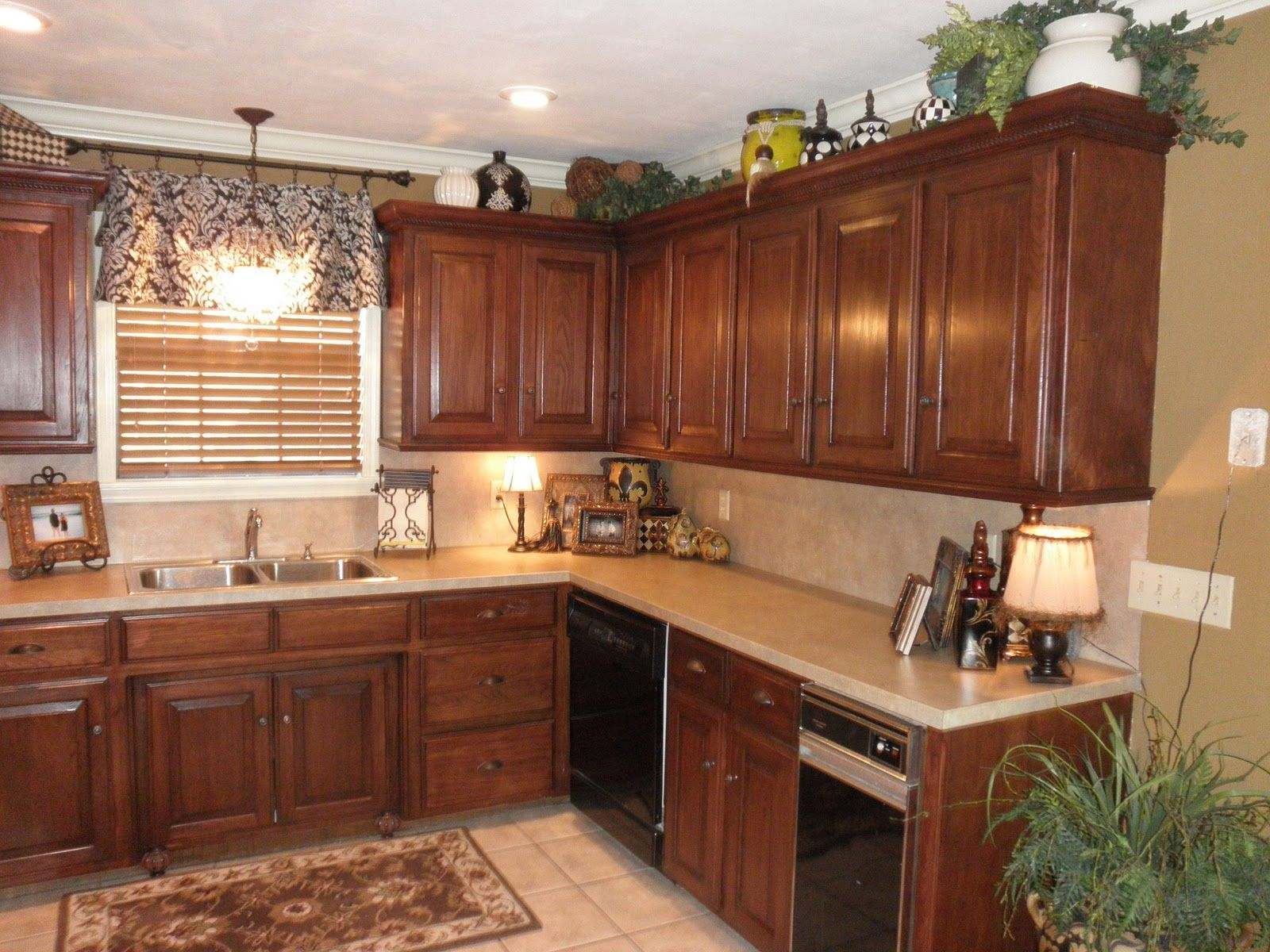 kitchen cabinet trim for now i no new cabinet tops kitchen cabinets decor cabinet on kitchen cabinets trim id=98197