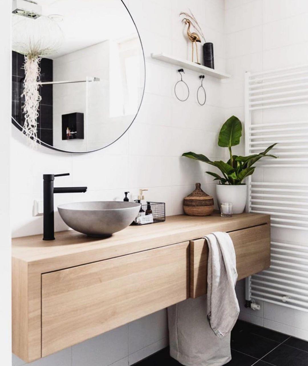 "Inspi_Deco on Instagram: ""▪️ Bathroom Design 😍  Inspi @muk.vl  #picoftheday #toilette #wc #bathroom #bathroomdecor #bathroomdesign #bathroomideas #classy…"""