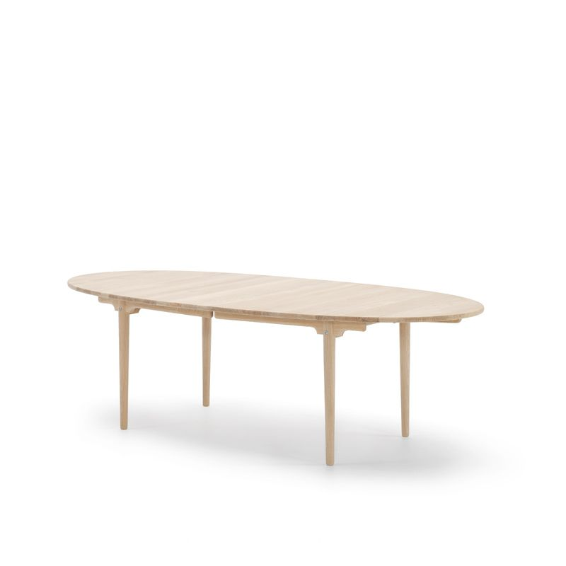 Dining Table By Hans J Wegner Ch339 Carl Hansen Son Oval
