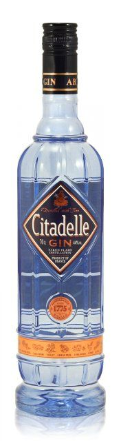 #Citadelle Gin 0,7L (44% Vol.) // A classic frence #Gin you don't want to miss! // #RockDrinks // https://www.rock-drinks.de/Gin/Citadelle-Gin-07L-44-Vol::900.html