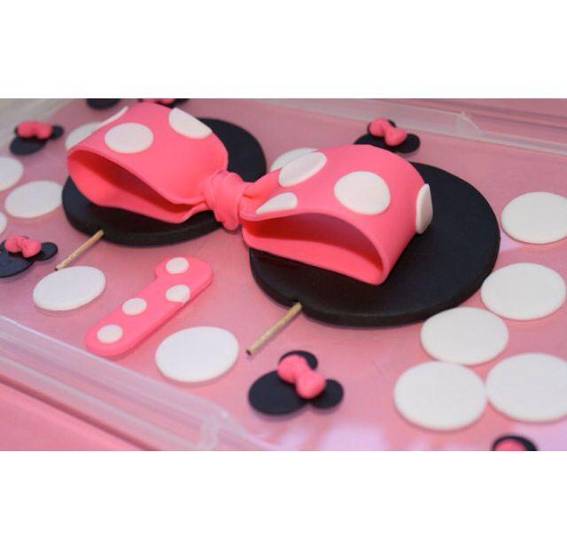 Minnie Mouse cake decorations Kid parties Pinterest Minnie