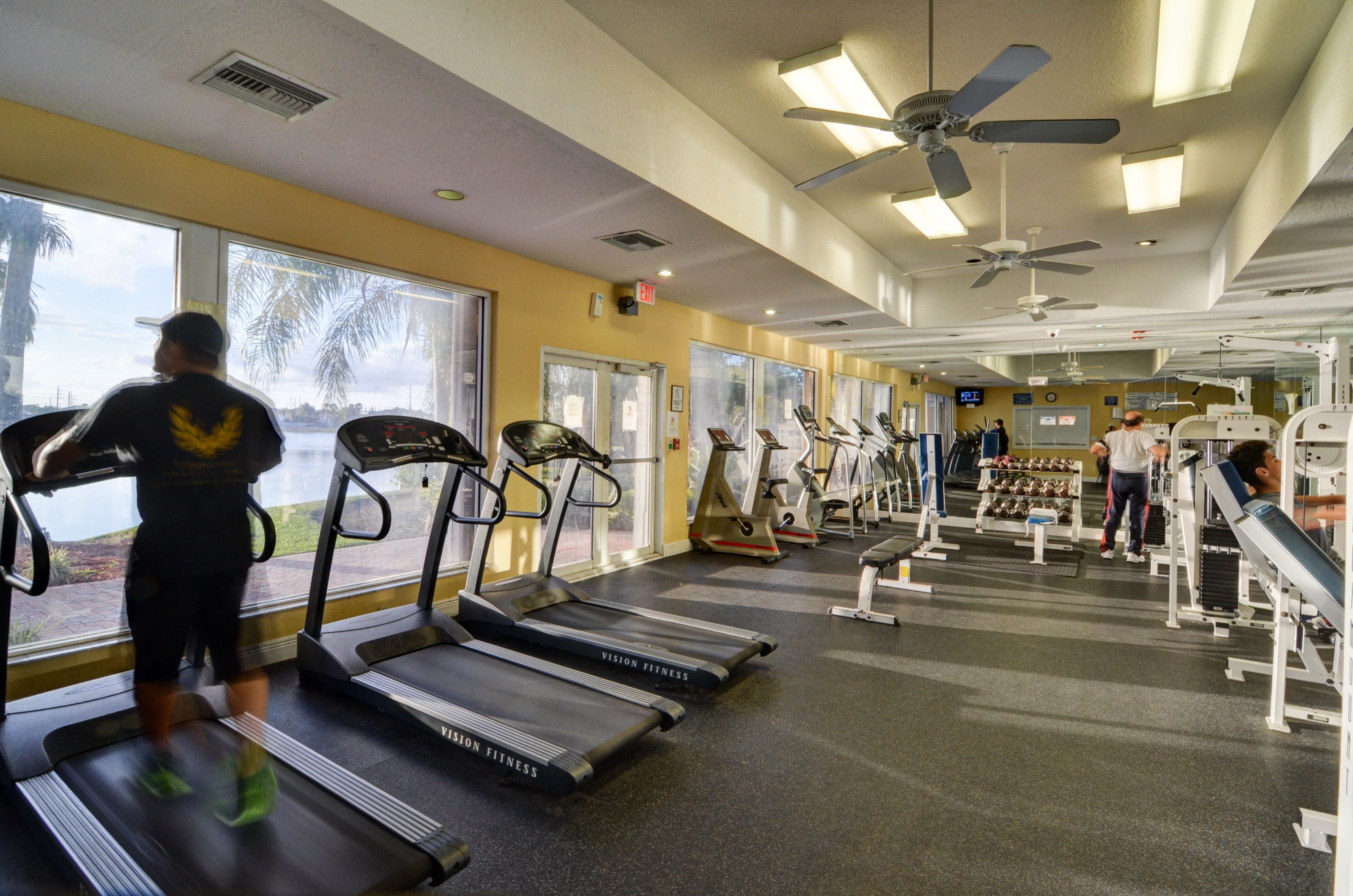 Miamiluxteam Com Gym Resort Lifestyle Club House Workout Rooms