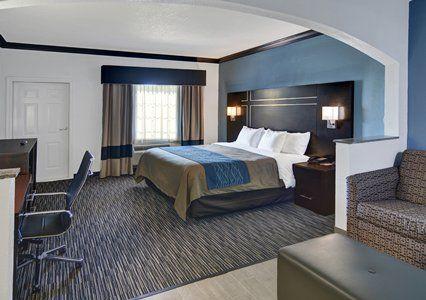 Galveston Comfort Inn Suites 279 King Suite With Whirlpool Tub