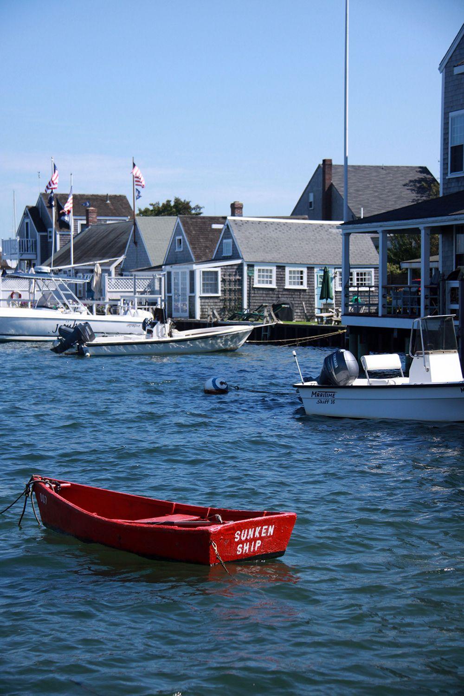 Sunken Ship! An Easy Street Boat Basin icon. Nantucket