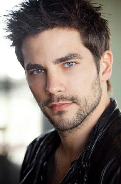 Brant Daugherty   Photography poses for men, Man