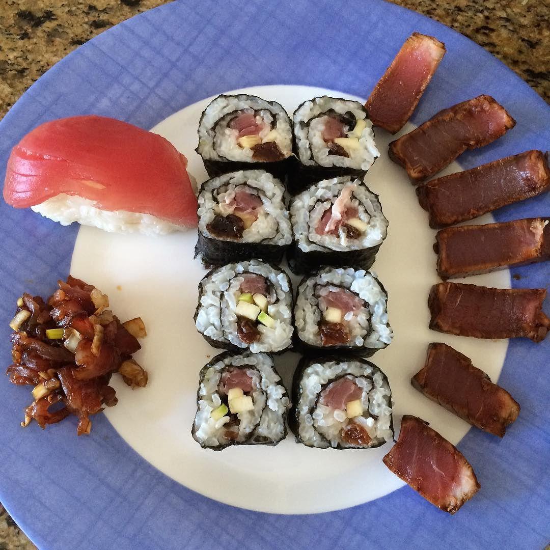 Sushi! Tuna Maguro Tuna Maki Tuna Tataki #yummy #delicious #sushi #tataki #maki #maguro #tuna by mariassar