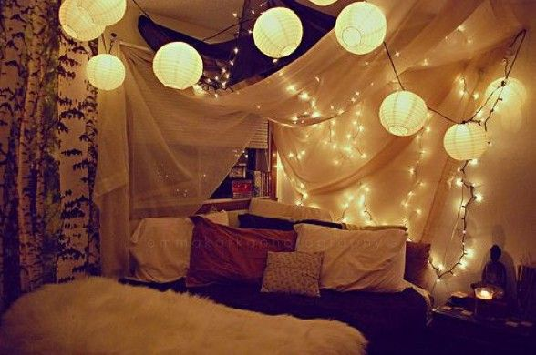 obsseesed with white lights in rooms | Rooms :) | Pinterest ...