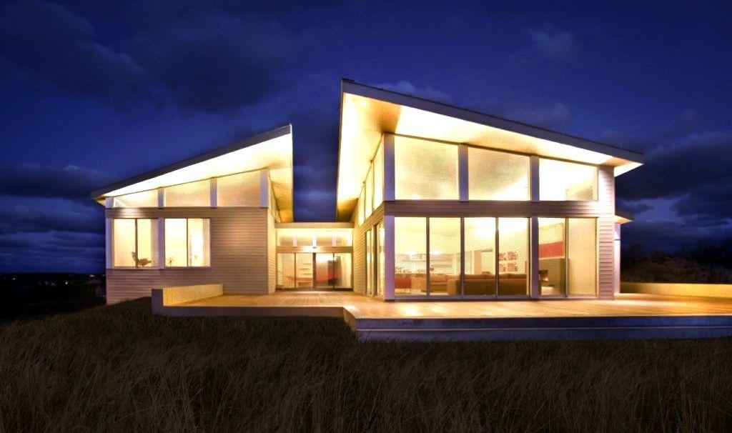 Modern House Exterior Angled Roof Google Search Modern Beach House Beach House Design Beach House Exterior