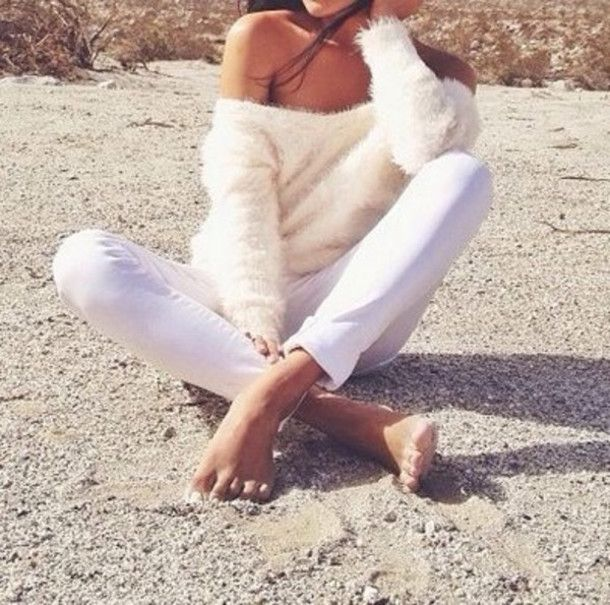 white fluffy oversized sweater - Google Search | Baggy Sweaters ...