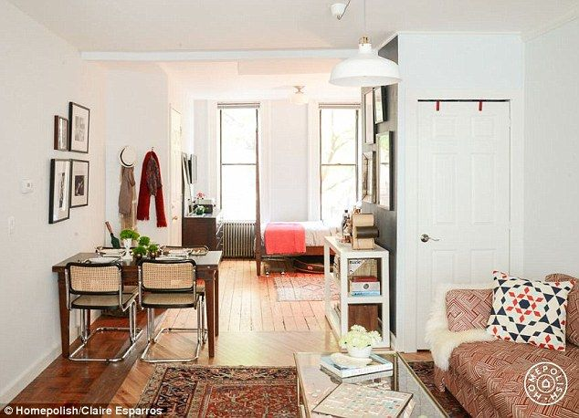 Small Wonders Tiny New York City Apartments That Are Big On Style Apartment Layout Apartment Decorating Living Apartment Decorating Livingroom