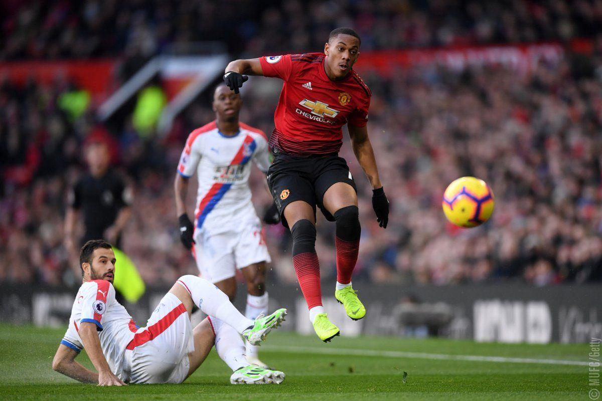 Latest Football News Blimey Crystal Palace Holds Manchester