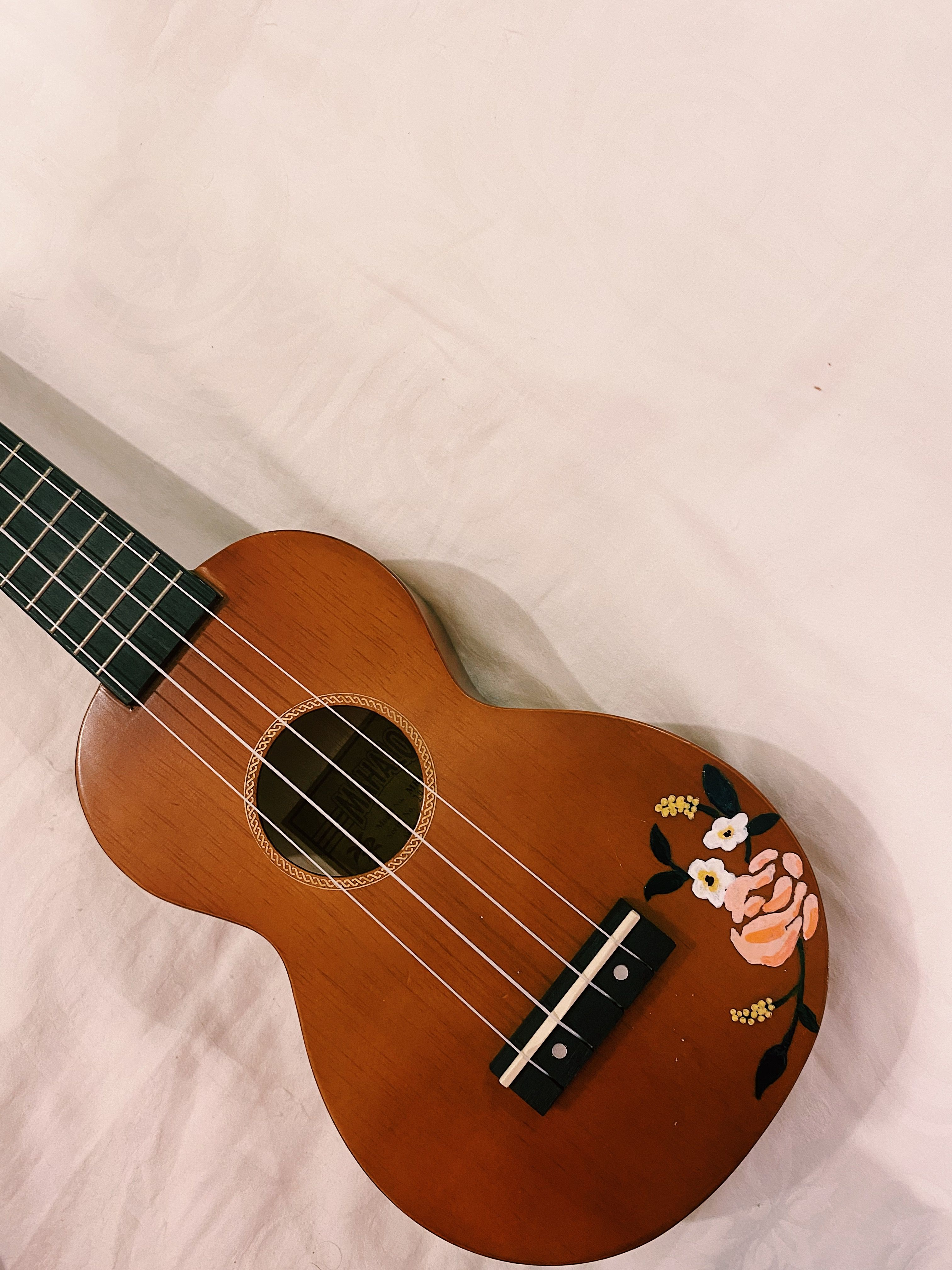 Hand Painted Ukulele Diy Art Inspired By Anna Bond In 2020 Ukulele Art Ukulele Diy Painted Ukulele
