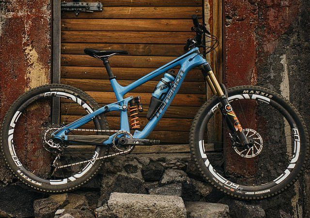 Baller Downhill Enduro Mtb S On Instagram Transition Carbon Patrol Why We Like It Fox 36 Float Front Mtb Bike Mountain Bicycle Mountain Bike Enduro Mtb