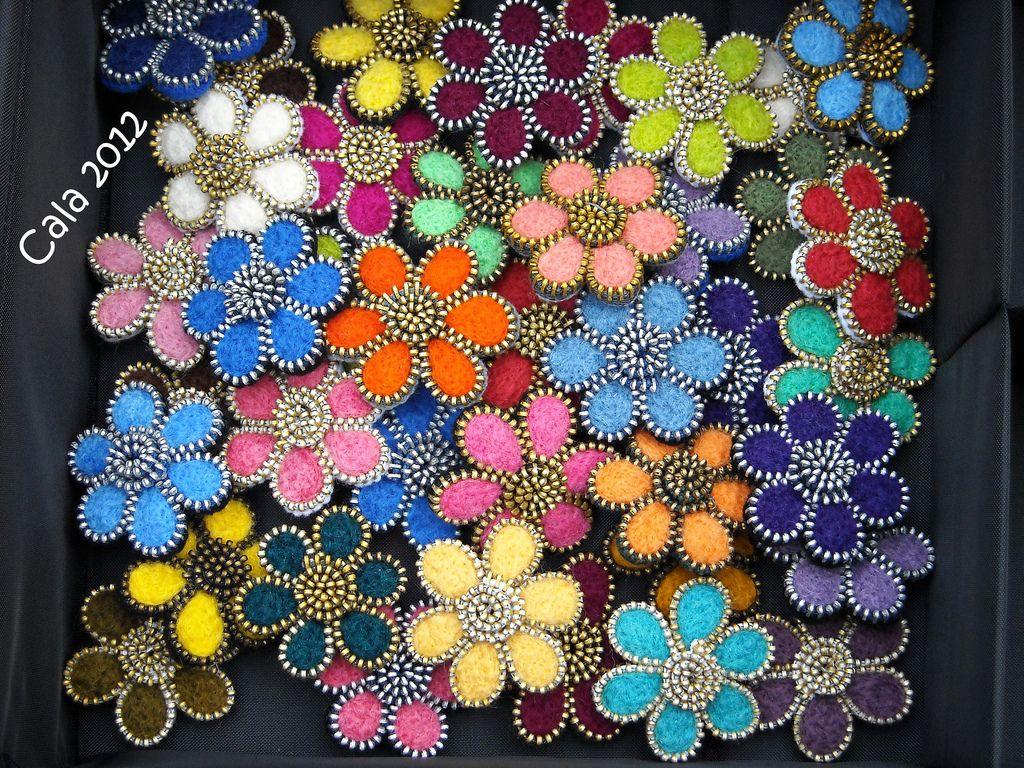 Florecillas acabadas   Flickr - Photo Sharing!