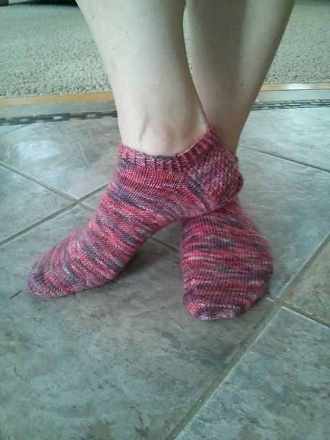 Ravelry: Project Gallery for Super Simple Short Sock pattern by Meghann Holcomb