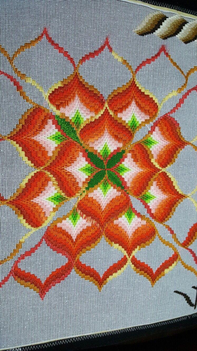 Progress of my eighth Bargello ❤ !!! | Florentino | Pinterest ...