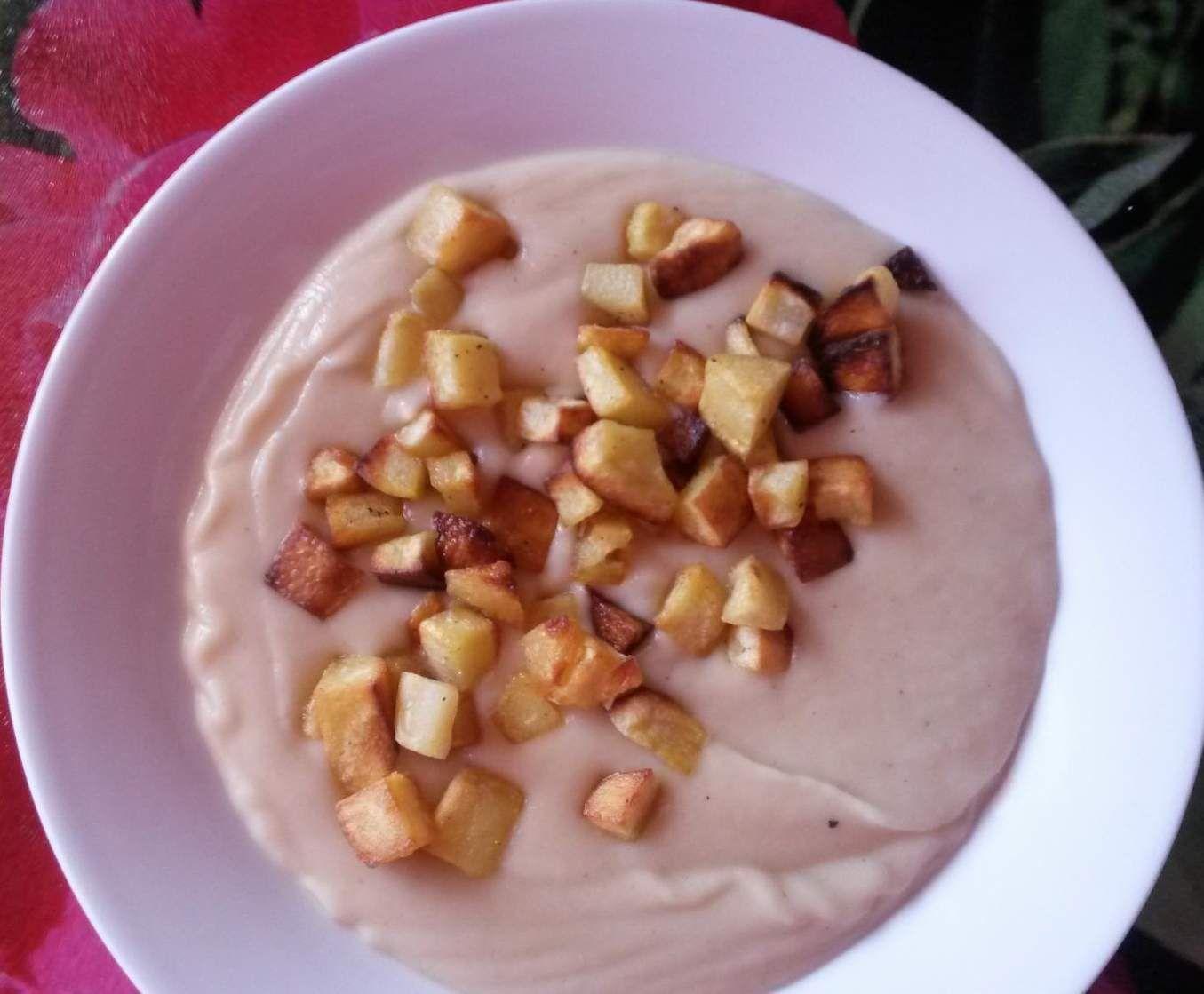 Rezept Selleriecremesuppe mit Koriander und Kartoffelwürfeln ~ milchfrei ! ~ von flipper1967 - Rezept der Kategorie Suppen