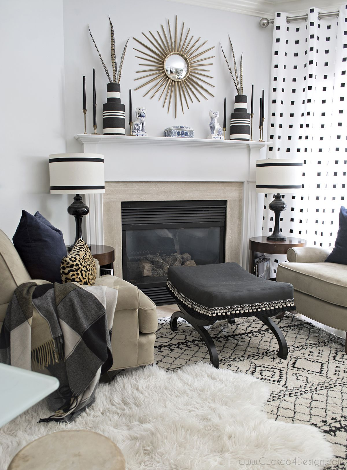 Stunning Black And White Living Room Mantle Decorated For Fall